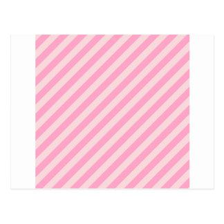 Listras diagonais - rosas pálido e rosa do cravo cartao postal