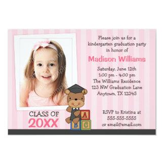 Listras do rosa do urso da graduação da foto da convite 12.7 x 17.78cm