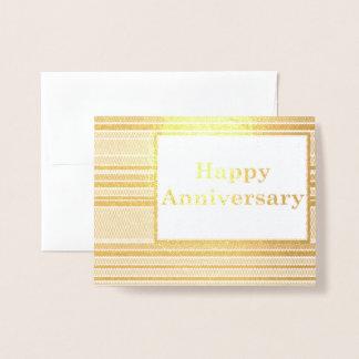Listras felizes do aniversário cartão metalizado