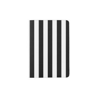 Listras verticais pretas capa para passaporte