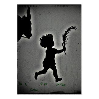 Little Boy com um ramo da palma Cartão De Visita Grande