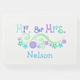 Livro de hóspedes colorido do Sr. e da Sra.