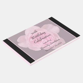 livro de hóspedes do rosa do rosa do aniversário