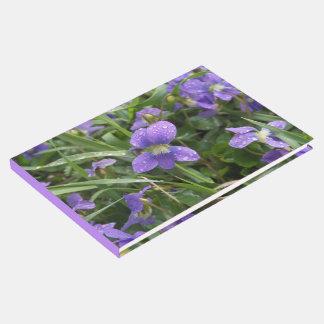 Livro De Visitas Guestbook chuvoso das violetas