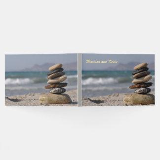 Livro De Visitas Pilha equilibrada espiritual das pedras