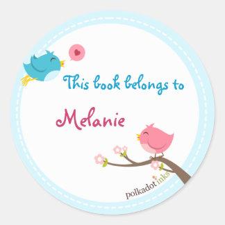 Livro personalizado das etiquetas do passarinho adesivos em formato redondos