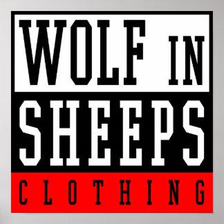 Lobo na roupa do carneiro posters