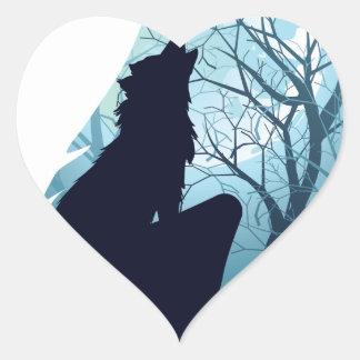 Lobo que urra com Forest2-01 Adesivo Coração