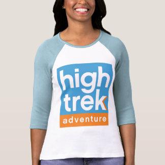 Logotipo alto da aventura do passeio na montanha t-shirts
