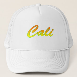 Logotipo amarelo alaranjado do texto de Cali Boné