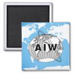 Logotipo de AIW no mapa do mundo Imã De Geladeira