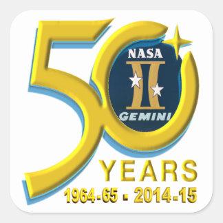 Logotipo do aniversário dos Gêmeos 50th Adesivo Quadrado