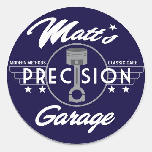 Logotipo do padrão da garagem da precisão de Matt Adesivos Redondos