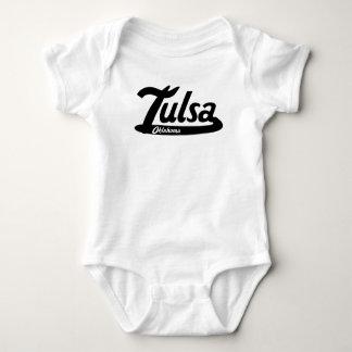 Logotipo do vintage de Tulsa Oklahoma Body Para Bebê