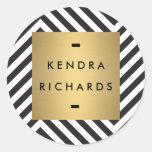 Logotipo preto e branco retro do nome do ouro do adesivo redondo