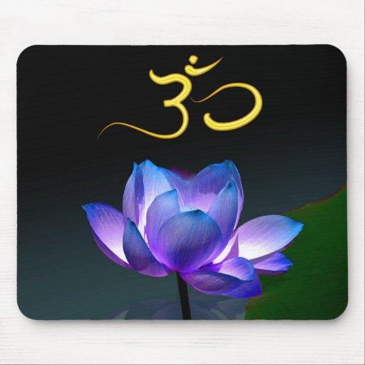 Lotus roxo na flor completa com OM, mousepad