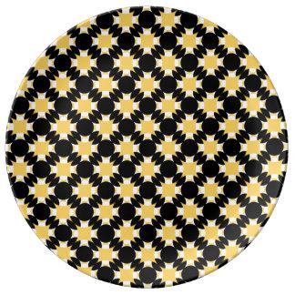 Louça Cruz contínua do círculo por Kenneth Yoncich