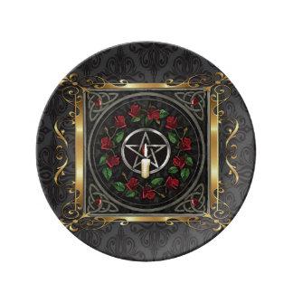 Louça De Jantar O ritual medieval de pedra da feitiçaria do templo