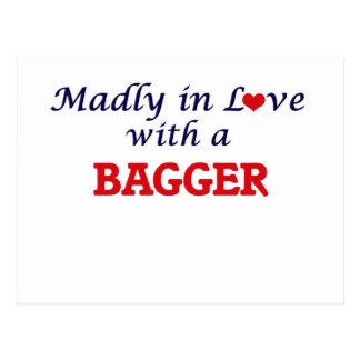 Louca no amor com um Bagger Cartão Postal