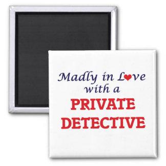 Louca no amor com um detetive privado ímã quadrado