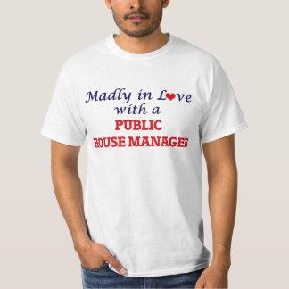 Louca no amor com um gerente do bar camisetas