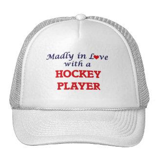 Louca no amor com um jogador de hóquei boné