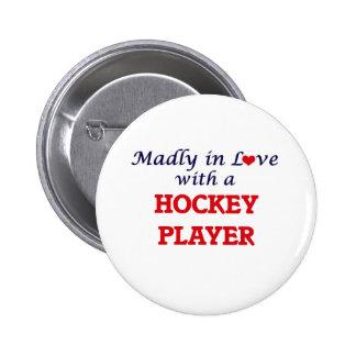 Louca no amor com um jogador de hóquei bóton redondo 5.08cm
