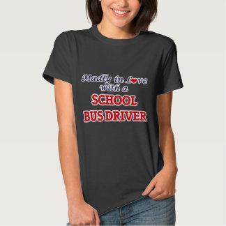 Louca no amor com um motorista de auto escolar tshirt