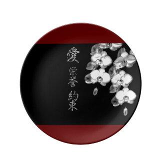 Louça Orquídeas japonesas no preto