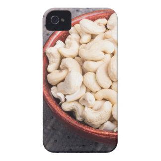 Loucos de caju crus saborosos e saudáveis em uma capas para iPhone 4 Case-Mate
