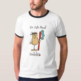 Loucos sobre a odontologia camiseta