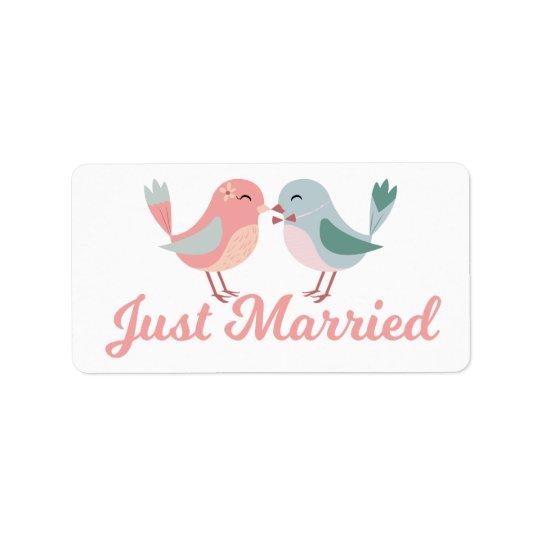 Lovebirds cor-de-rosa do recem casados que Wedding Etiqueta De Endereço