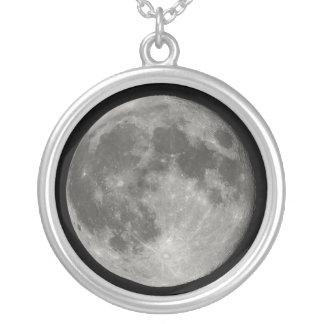 Lua cheia colares