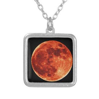 Lua cheia vermelha colar banhado a prata