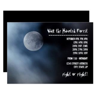 Lua da noite - convite assombrado da floresta