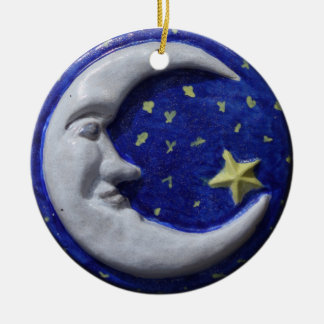Lua de sorriso tranquilo ornamento de cerâmica redondo
