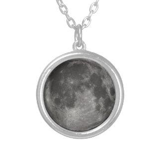 Lua preta & branca colar