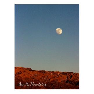 Lua sobre o cartão de Sandias