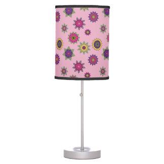 Luminária De Mesa A mandala cor-de-rosa floresce a lâmpada