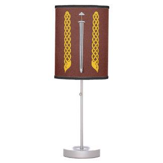 Luminária De Mesa Espada e Plaitwork de Viking