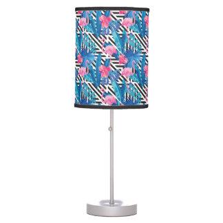 Luminária De Mesa Flamingo & palmas no teste padrão geométrico
