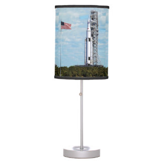 Luminária De Mesa Launchpad do sistema Rocket do lançamento do