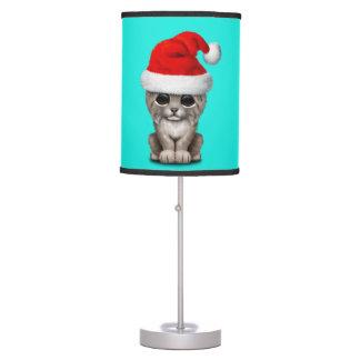 Luminária De Mesa Lince bonito Cub que veste um chapéu do papai noel