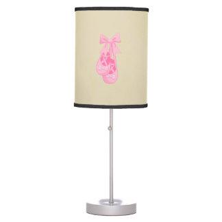 Luminária De Mesa Menina cor-de-rosa dos calçados de balé do