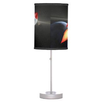 Luminária De Mesa Tiro de Rocket no espaço