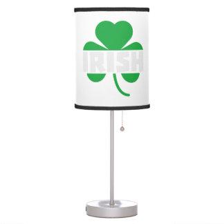 Luminária De Mesa Trevo irlandês Z2n9r do cloverleaf