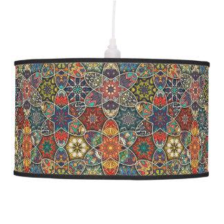 Luminária De Teto Retalhos do vintage com elementos florais da