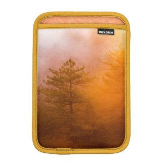 Luva De iPad Mini Floresta dourada da corriola