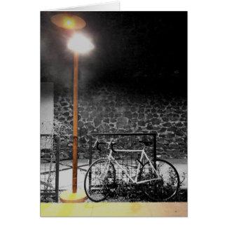 Luz da noite na fotografia da bicicleta cartão comemorativo