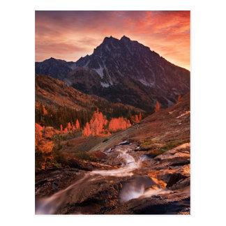 Luz de outubro na bacia do farol cartão postal